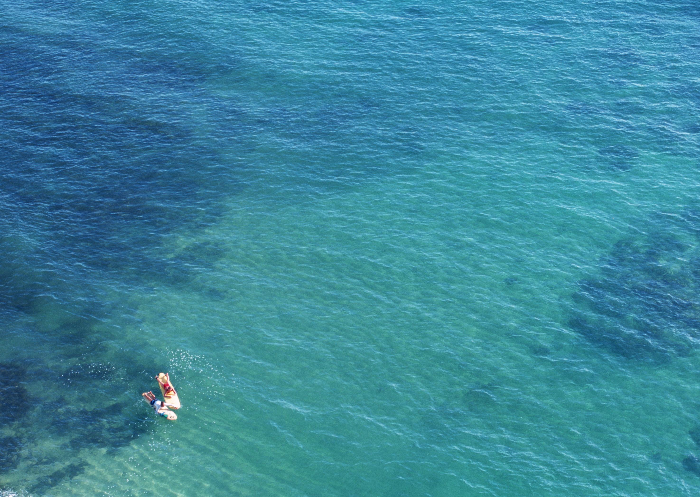 青く澄んだ海の中を多種多様な魚達と泳ぎ、日頃のストレスから解放される癒しのスポーツです